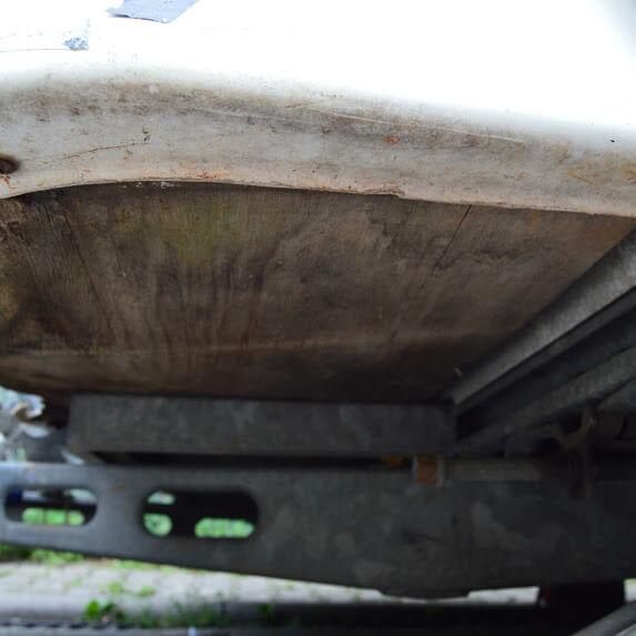 Schaden Unterboden Wohnwagen Gutachten